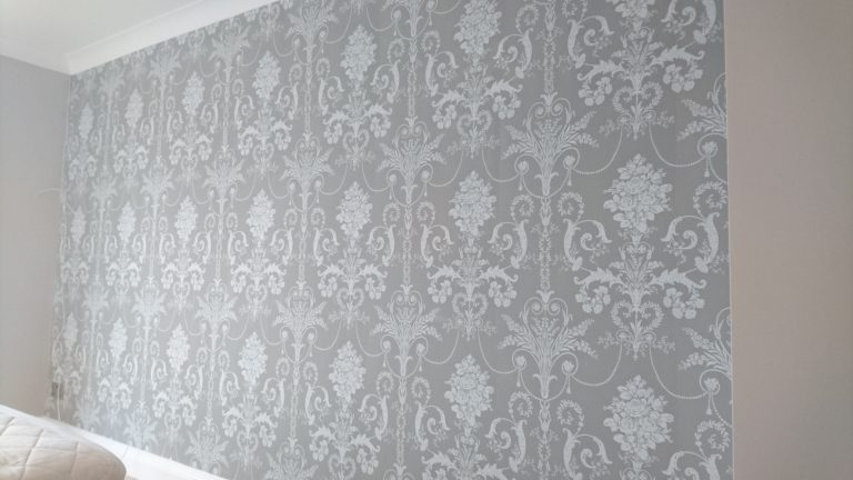 Wallpapering, Hythe